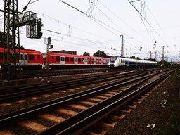 speeding_train_by_xander_jara